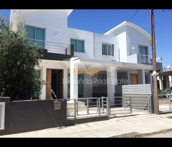 Semi-detached house in Archangelos, ID 839