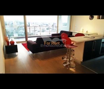 Top floor 2 bedroom apartment, ID 855